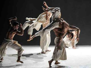 Veranstaltungen in Chemnitz - Stadtstreicher - Eröffnung des Festivals Tanz - Moderne - Tanz: Ce que le jour doit á la nuit