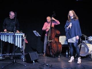 Veranstaltungen in Chemnitz - Stadtstreicher - Stefanie Schlesinger Quartett feat. Wolfgang Lackerschmid